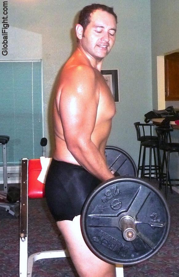 strength training routine curlbar