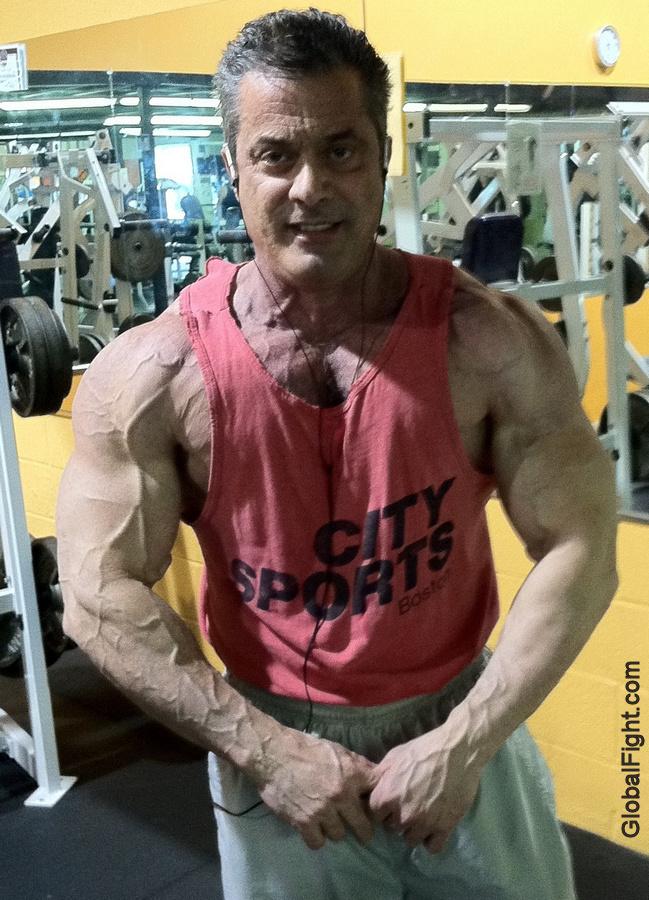 strength training routine deltoids